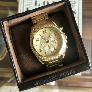 NWT Michael Kors Gold Watch